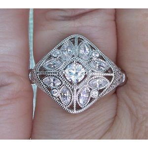 Jewelry - 925 STERLING SILVER Antique Style CZ Ring